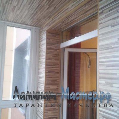 Монтаж ламината на потолке